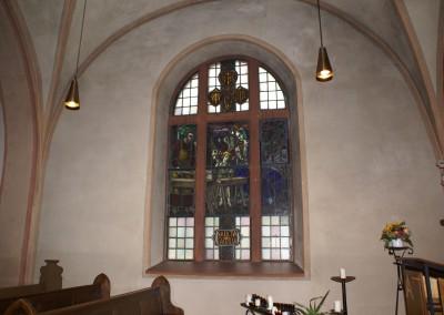 Katholische Kirche in Dorsheim, Rundbogenfenster
